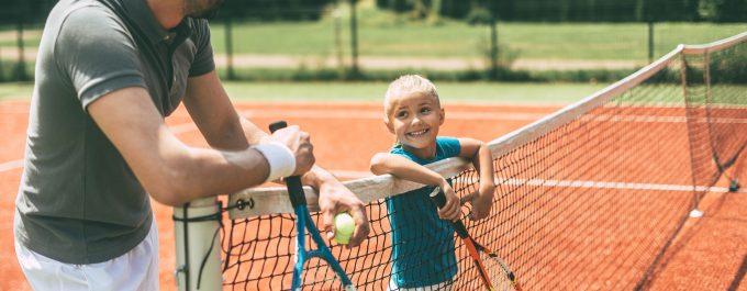 6 HAR-TRU TENNIS COURTS